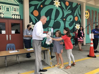 Visit HillsboroughSchools.org/summermeals to find the 78 schools serving hot lunches Monday through Thursday from 10:30 am - 12:30 pm.