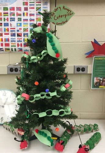 HMES Students Decorate Merry Trees for FAM Exhibit