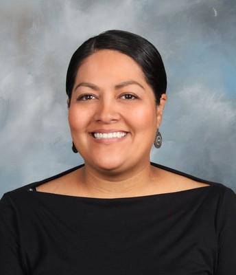 Ms. Noelia Gonzalez