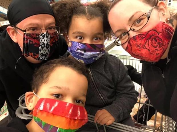 HPS family wearing masks