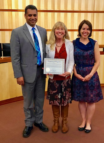 Redwood City Council Honors RCSD with Welcoming Star Award