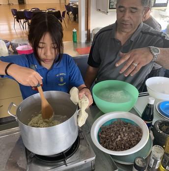 Preparing chop suey