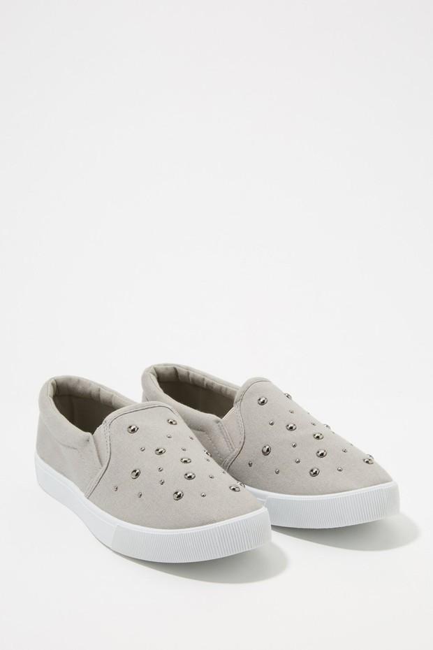 women-shoes-sneakers