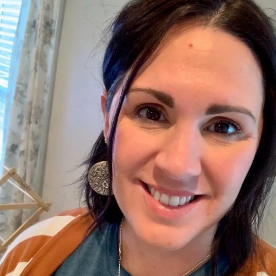 Julia Coggins profile pic