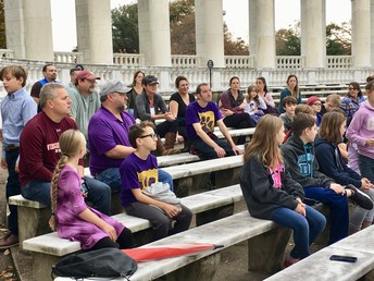 Parents and Students Learning About Tomb of Unknown Soldier