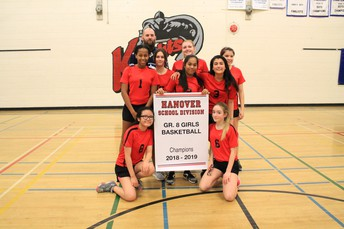 Grade 8 Girls - Champions!