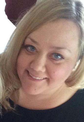 Ms. Hartless - Principal / Directora