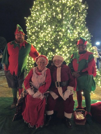 Christmas Tree Lighting Ceremony December 6, 2018