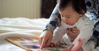 Reading to a busy Toddler