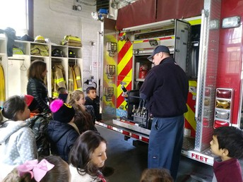 Kindergarten visits the Fire House