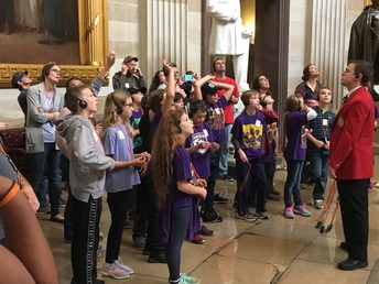 Students Learn About and Tour US Capitol