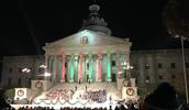 SINGING AT THE GOVERNORS CAROLIGHTING