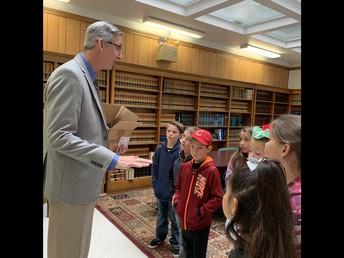 3rd graders visiting with Plumas District Attorney Hollister.  Thanks so much DA Hollister!