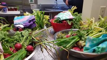 Veggies & Tie-dyed Bags
