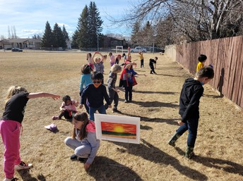 2L is on a Trail Tale outdoor adventure