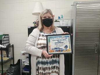 Mrs. Holcomb - MMS Teacher Winner
