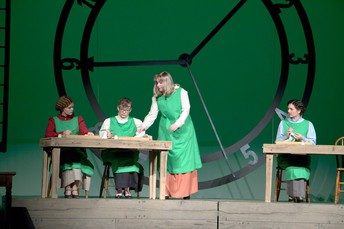 Radium Girls Picture 1