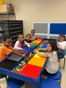 Henry Elementary Students Design, Experiment and Build