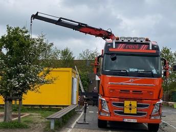 17.05.21- 16u45 plaatsing container
