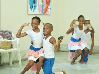 Performances by students of EVA , Vocational School of Art of Matanzas