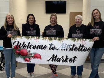 Thanks to our PTO officers for organizing our Mistletoe Market.