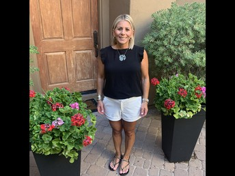 Please Welcome to Our Staff and 5th-Grade Team: Mrs. Jennifer Perelgut!