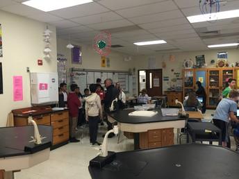 Visita un aula de ciencias
