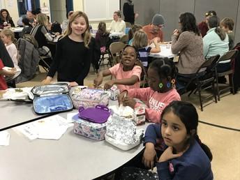 1st Graders eating together