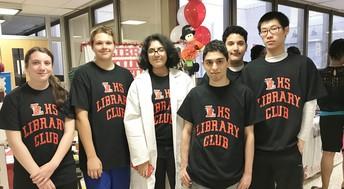 Library Volunteers Making Waves
