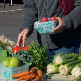 Farmers Market to Continue at Pool Parking Lot