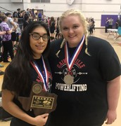 Powerlifters headed to State!