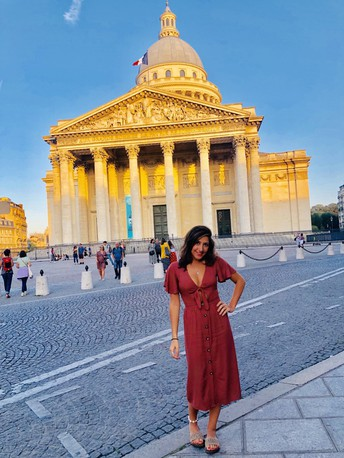 Fulbright Scholar Sandy Abboud, '18 Shares Inspiration from the City of Light