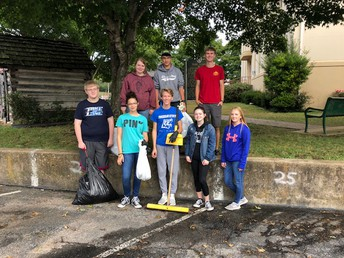 Members Clean Square After Hootin' an Hollarin'
