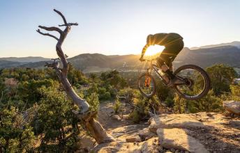 Desert Sunset by Dylan Stucki