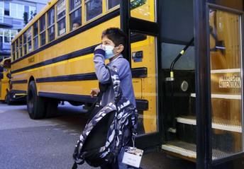Transportación de Autobús Escolar