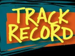 Relay team breaks indoor 4X200 record