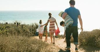 5 Ways to Avoid Going Broke on Vacation