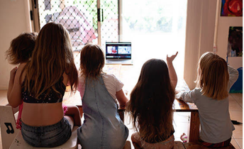 8 Ways for Kids to Connect Online