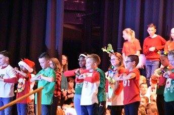 All of the students did a beautiful job at the Christmas Concert!