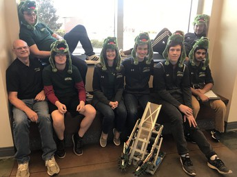 Gators of the Week: Swamp Bots Succeed in Chapin Competition