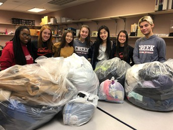 Class of 2020 Donates Coats to Homeless