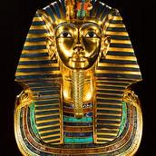 hoe werden Egyptenaren gemummificeerd