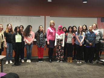 Mayor Jean Stothert visits GSA