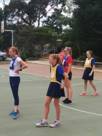 Annual Y6 vs Teacher Netball Match