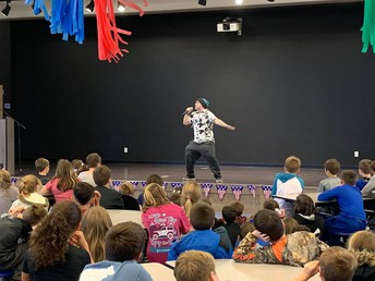 Author, Timmy Bauer, visited SES!