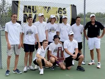 Boys Tennis Advance to Regionals!