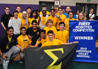 Rancho Bernardo HS Robotics Qualify for Worlds