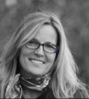 Dr. Melissa Weber-Mayrer