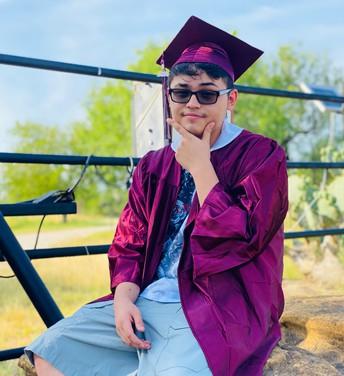Summer Graduate Enrique Hernandez