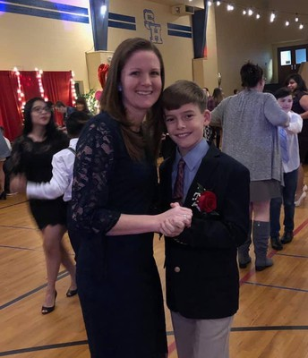 Spring Hill Alum Linsey Beall and son Trenton